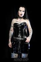 PVC mekko musta napituksella ja nyöreillä