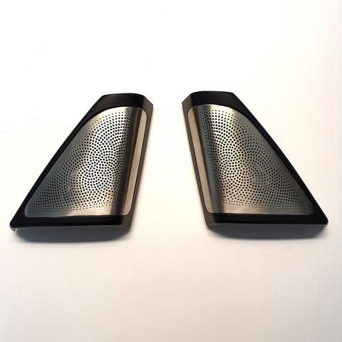 BMW 5-sarjan F10/11 diskanttikolmiot B&W