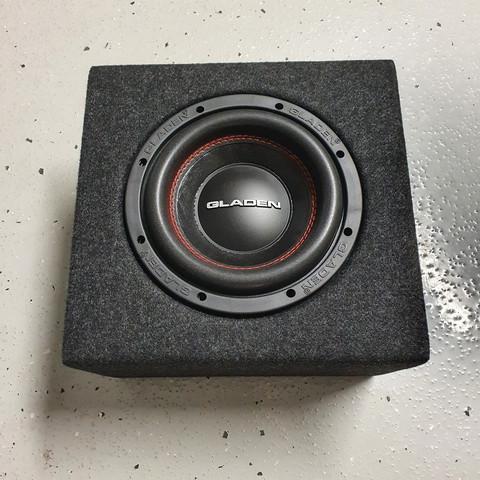 Gladen RS-X08 + 8L kotelo