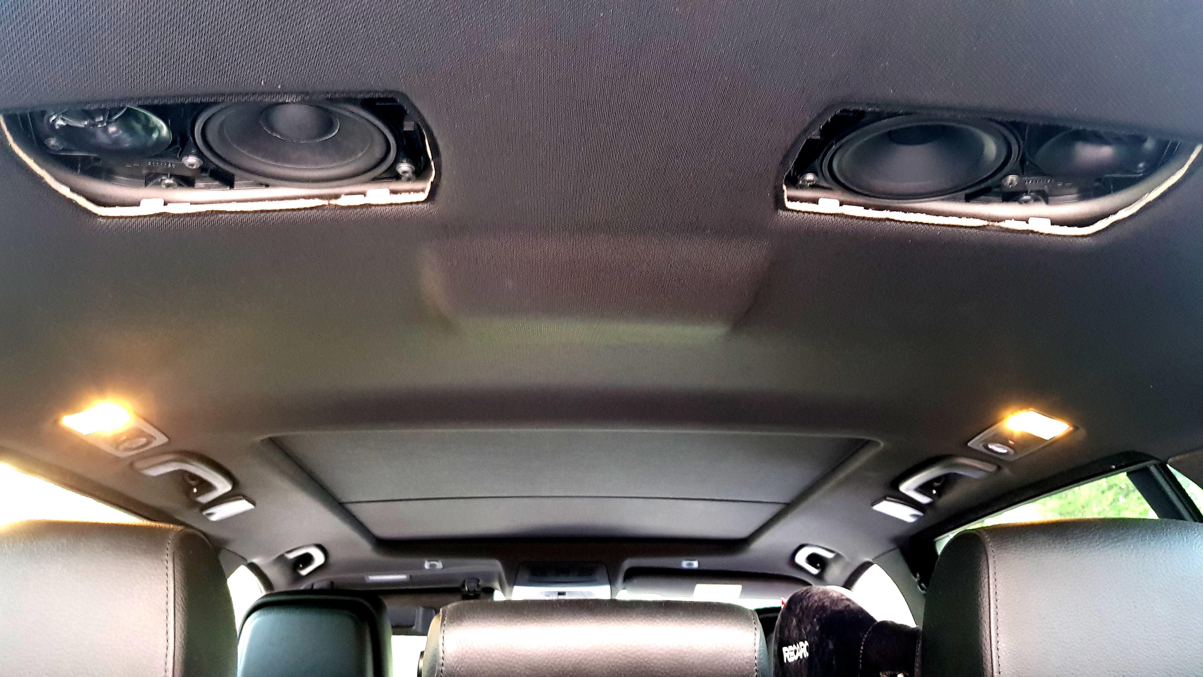 BMW F11 kattokaiuttimien vaihto Audison Prima APBMW K4M erillissarjoihin