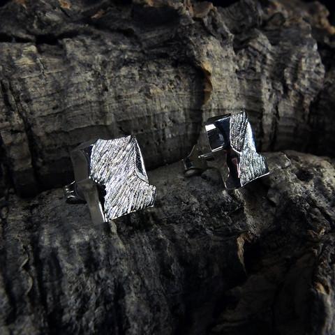 Vintage silver earrings Windforms in Snow