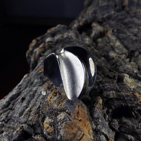 Vintage silver ring Graal