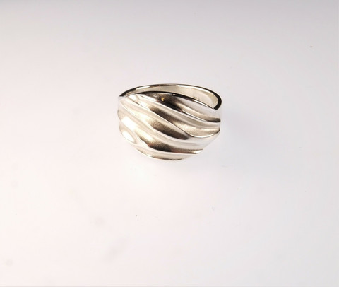 Eco silver ring Waves