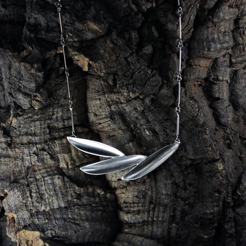 Kaulakoru Hopeakolibri