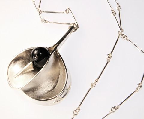 Vintage silver necklace Onion