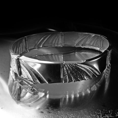 Snowfly bracelet