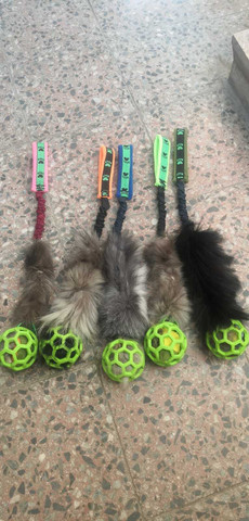BERRA Ultimate bungee toy with real fur with green ball