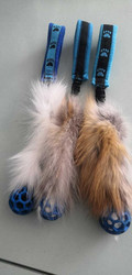 BERRA Ultimate bungee toy with real fur with small blue ball