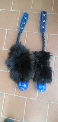 BERRA Ultimate bungee toy with real fox fur with sininen KONG