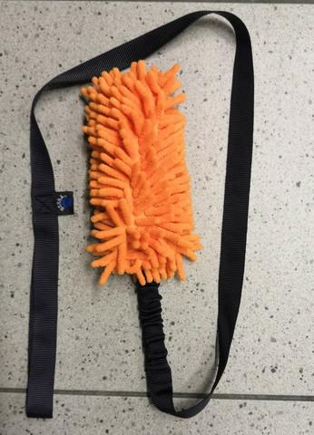 BERRA moppilelu vingulla ja joustolla135cm Oranssi / musta