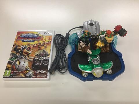 Skylanders Superchargers Racing (Wii)