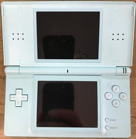 Nintendo DS Lite -konsoli sininen