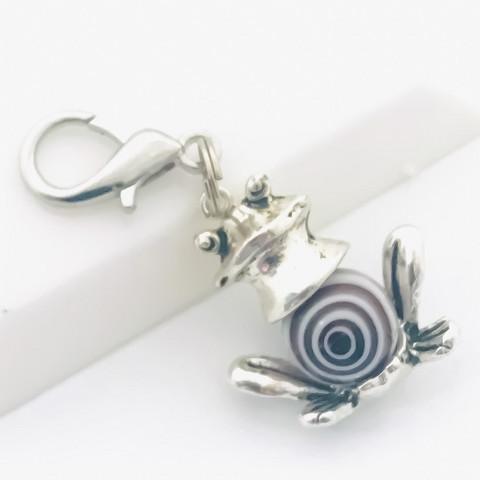 sammakko avain / laukkukoru valkoinen ruskea