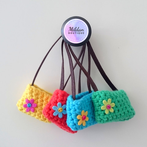 Crocheted shoulder bag