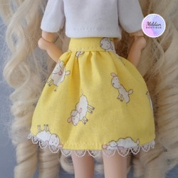 Sheep skirt, yellow