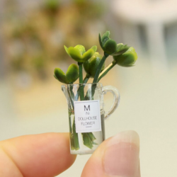 Plant in a vase 1:12