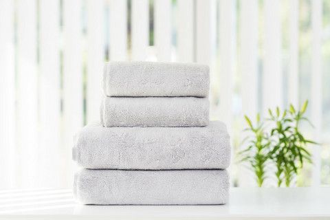 LUIN LIVING PEARL GREY Your Home Your Spa Pyyhkeet