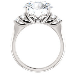 ELLEN AAVA THE QUEEN II Timanttisormus Platina 6,03ct
