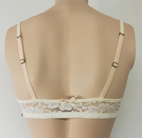 Essence lace bra