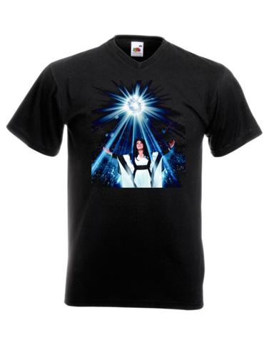 Kaija Koo T-paita Kaija kuvassa, V-Aukkoinen