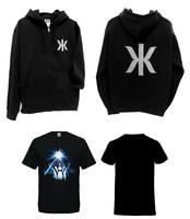Kaija Koo Combo bling bling logo-huppari musta + t-paita Kaija kuvassa V-aukkoinen