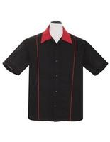 Musta punaraita paita