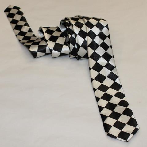 Ralliruutu kravatti