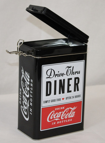 Diner-peltipurkki kannella