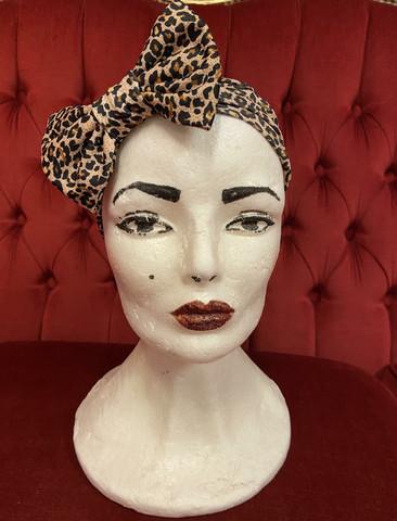 Leopardikuosi hiuspanta