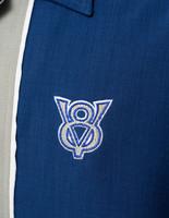 Sininen V8 keilapaita