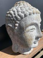 Betoni Buddha