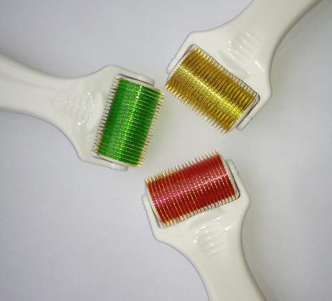 BODYROLLER, Leveä vartalon mikroneulaustela 1080 neulaa 1,0mm