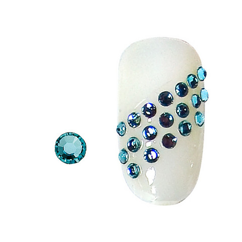 20 rhinestones for nails aquamarine SS5