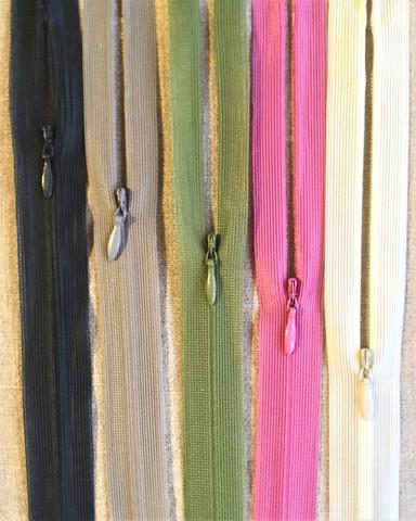 Piilovetoketju 20 cm, useita värejä