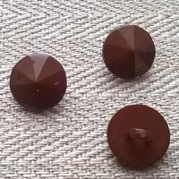 Ruskea kantanappi koristeellinen, 11 mm