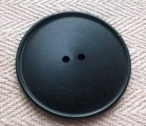 Musta takinnappi matta, 39 mm