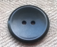 Musta perusnappi, 21 mm