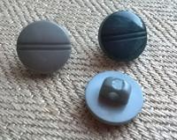 Harmaa kantanappi pieni, 11 mm