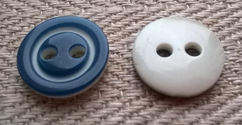 Kirkkaansininen perusnappi 12 mm