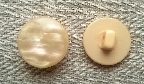 Persikka kantanappi, 17 mm