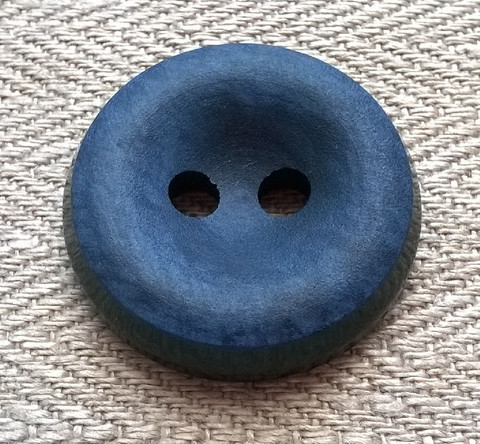Sininen takinnappi, 26 mm