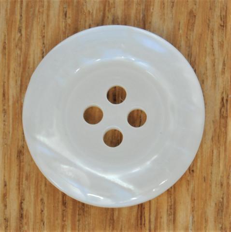 Luonnonvalkoinen nappi, 20 mm