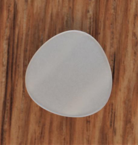 Valkoinen kantanappi, kolmio, 13 mm