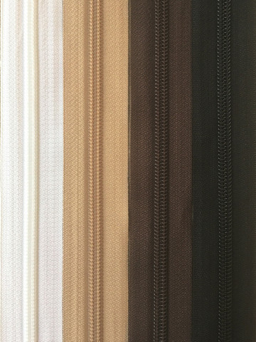 Avovetoketju, spiraaliketju 85 cm, 4 väriä