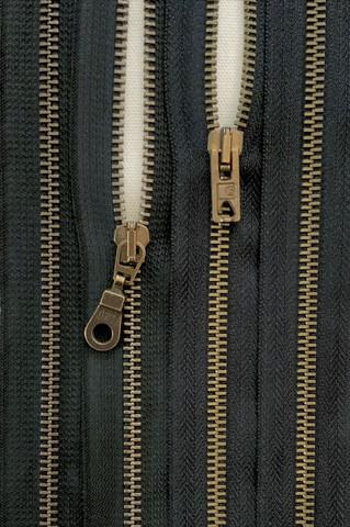 Avovetoketju metalli, musta 80 cm