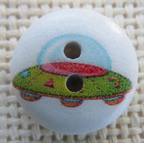 Ufo-kuvioinen nappi, 15 mm