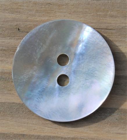 Valkoinen helmiäisnappi, 15 mm