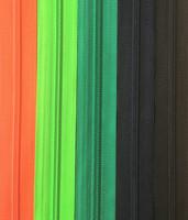 Avovetoketju, spiraaliketju 75 cm, 9 väriä