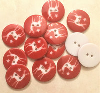 Punainen peuranappi, 25 mm