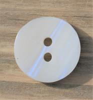 Helmenvalkoinen nappi, 15 mm